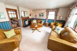 Very Smart & Comfortable Lounge