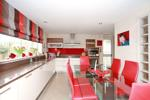 Beautifully presented dining kitchen on open plan
