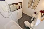Bathroom (aspect 2)