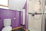 Alternative view of en-suite shower room