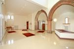 Striking communal entrance/reception area