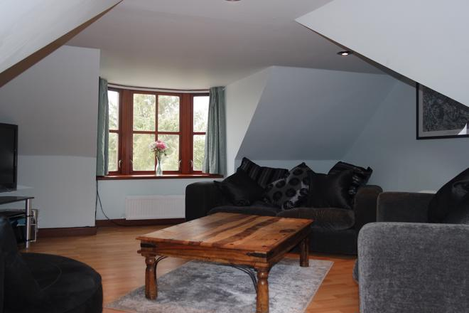 Lounge (a)