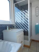 4 Piece Bathroom alternative view